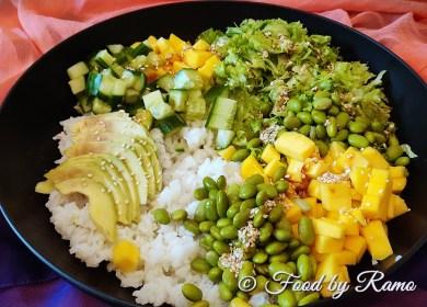 Poke-bowl cu legume