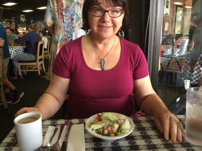 Bonnie Dixon food blogger