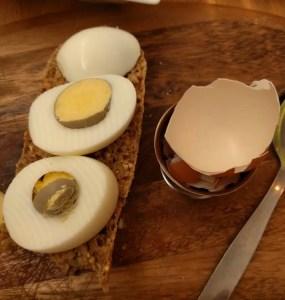 grey egg yolks