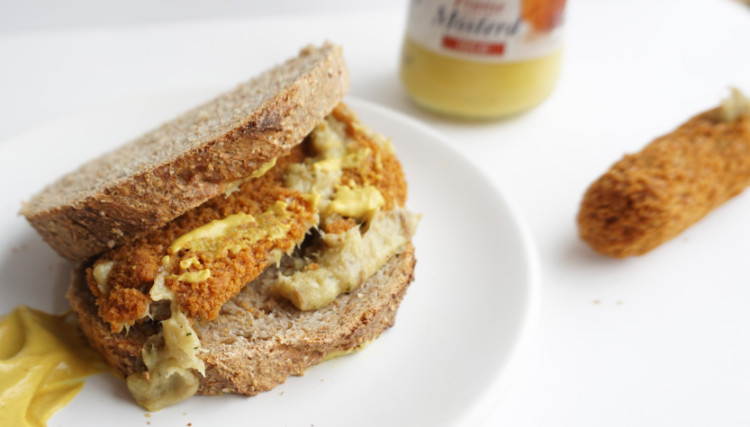 sandwich with kroket and mustard, typically Dutch food