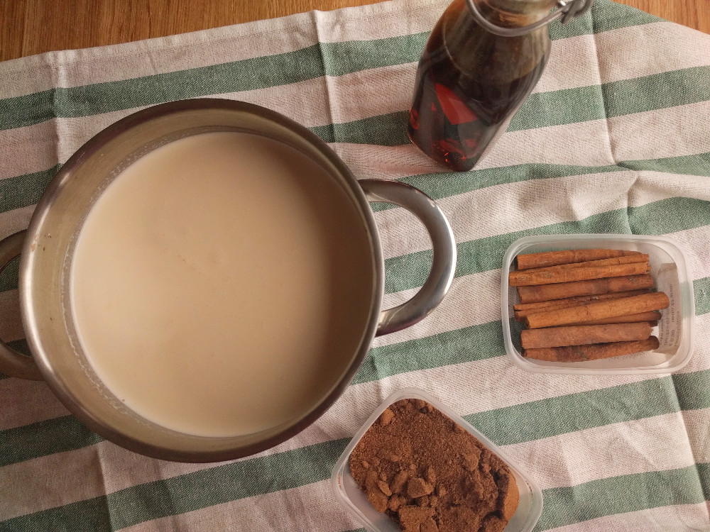 Eggnog science – On steeping spices and whipping egg whites