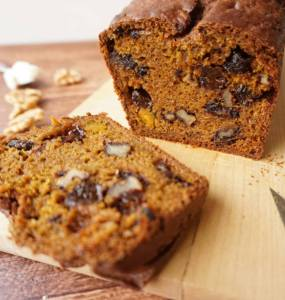 pumpkin bread with walnuts and raisins