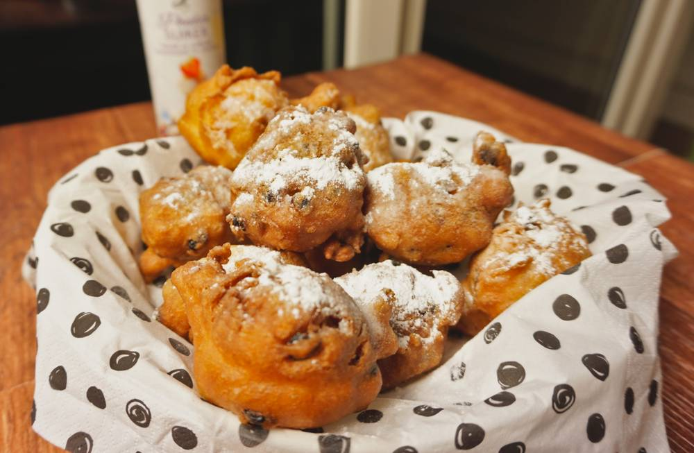 Oliebollen – 'The Dutch donut' vs Donuts