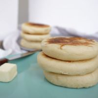 (Science) guide to making English muffins - homemade vs store bought