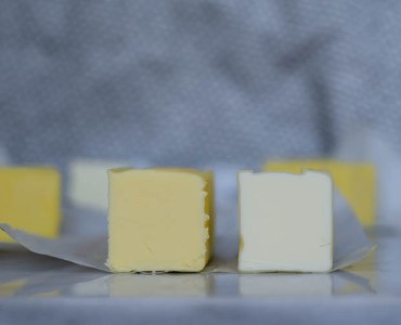 cultured (left) vs uncultured (right) butter