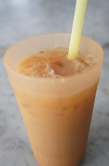 6.lok ann cafe mlk- teh c ice