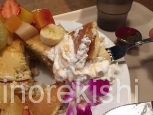 秋葉原ヨドバシAKIBAラーブフードマーケットハワイアンパンケーキメガ盛りフードコート19