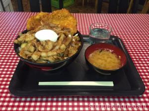 三鷹デカ盛りキッチン男の晩ごはんスタミナ野郎丼極大盛りラーメンにんにく17