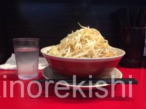 神保町デカ盛りメガ盛り用心棒ラーメン大盛り野菜マシマシ二郎インスパイア系12