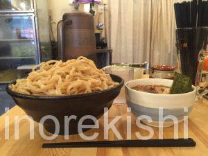 千駄ヶ谷デカ盛り蓮れんラーメン特製つけ麺特大盛り1000g1㎏安いコスパ国立競技場25
