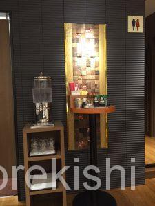 浅草橋メガ盛りカフェミヤビMIYABIハニートーストハニトーデニッシュ食パンコーヒー人気オシャレパン店舗2