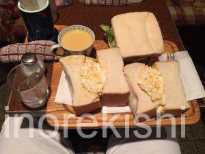 デカ盛りサンドイッチ東銀座アメリカンタマゴサンドランチ巨大人気有名朝食モーニングチキン築地16