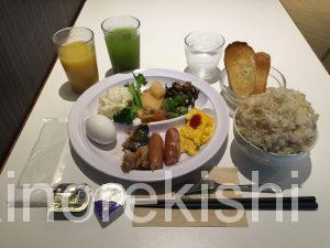 神田モーニング緑茶カフェ茶空楽ちゃくーら朝食バイキングカレーデカ盛りビュッフェカテキン健康通販10