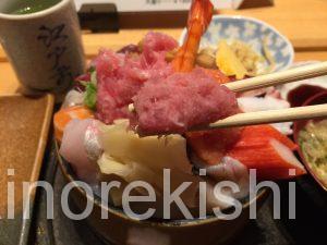デカ盛り海鮮丼ランチ神田すし定すしさだちらし寿司大盛りメガ盛り東京一安いオススメ有名人気18
