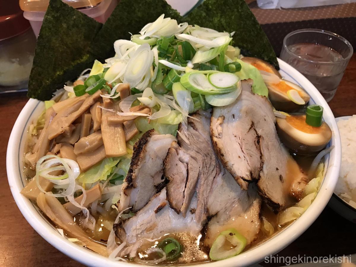 東京都内ボリューム満点!ラーメン・カレー・丼・定食のオススメ飲食店まとめ!