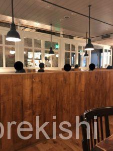 バビーズヤエチカbubbys東京駅八重洲地下街朝食モーニングメニューパンケーキカフェデカ盛り進撃の歴史
