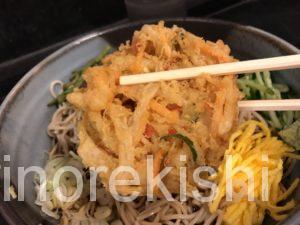 デカ盛り立ち食いそば京成上野つるや冷しジャンボ五目蕎麦メニューデカ盛り進撃の歴史29