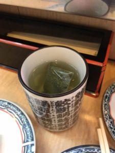 新橋グルメ一番回転寿司まぐろうにいくらメニューデカ盛り進撃の歴史17