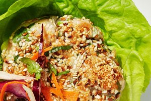 "Tuna ""Poke"" Burger Lettuce Wraps"