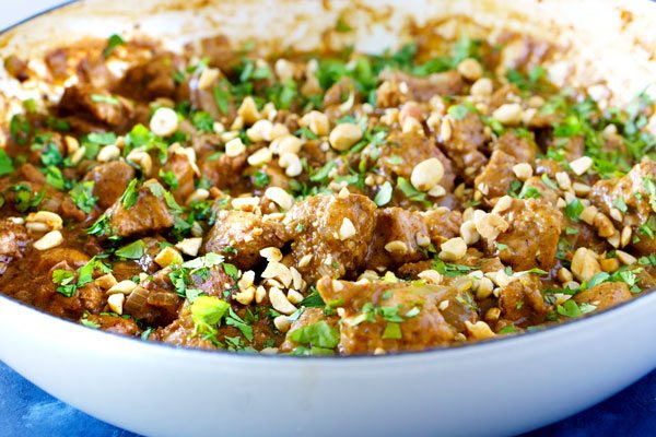 Thai peanut sauce with chicken