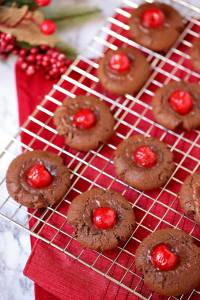 Christmas Cookies: Chocolate Covered Cherry Cookies
