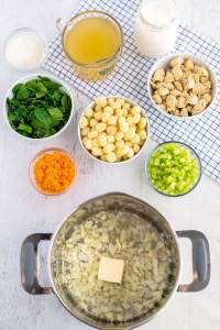 How to Make Chicken Gnocchi Soup Step 1
