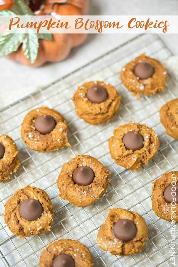 Easiest Pumpkin Cookies ever!