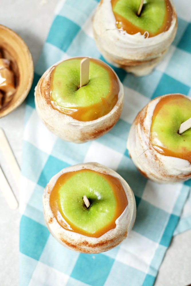 Copycat Disney Apple Pie Caramel Apples Food Folks And Fun