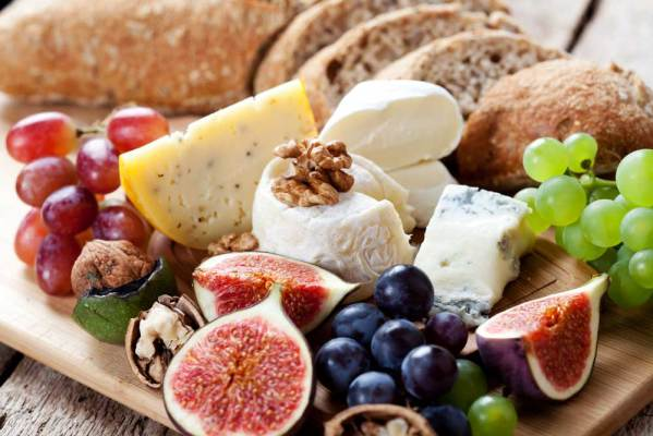 How to make a Charcuterie Board for the holidays.
