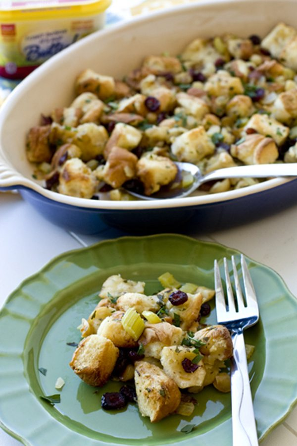 Cranberry Macadamia Nut Stuffing 5