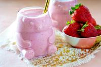 Quick and Easy Strawberry Smoothie