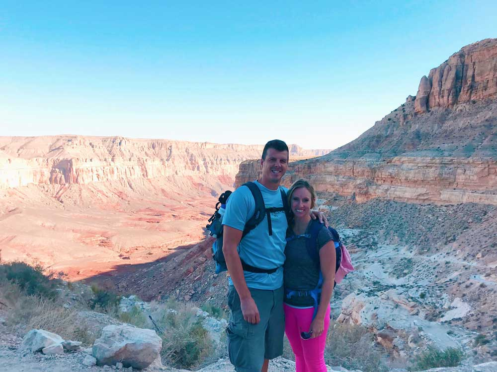Two hikers on their way to hike down to Havasupai Falls