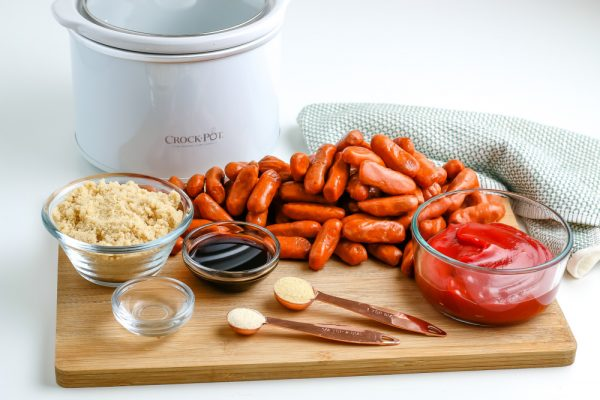 All of the ingredients needed to make this Crockpot little smokies recipe.