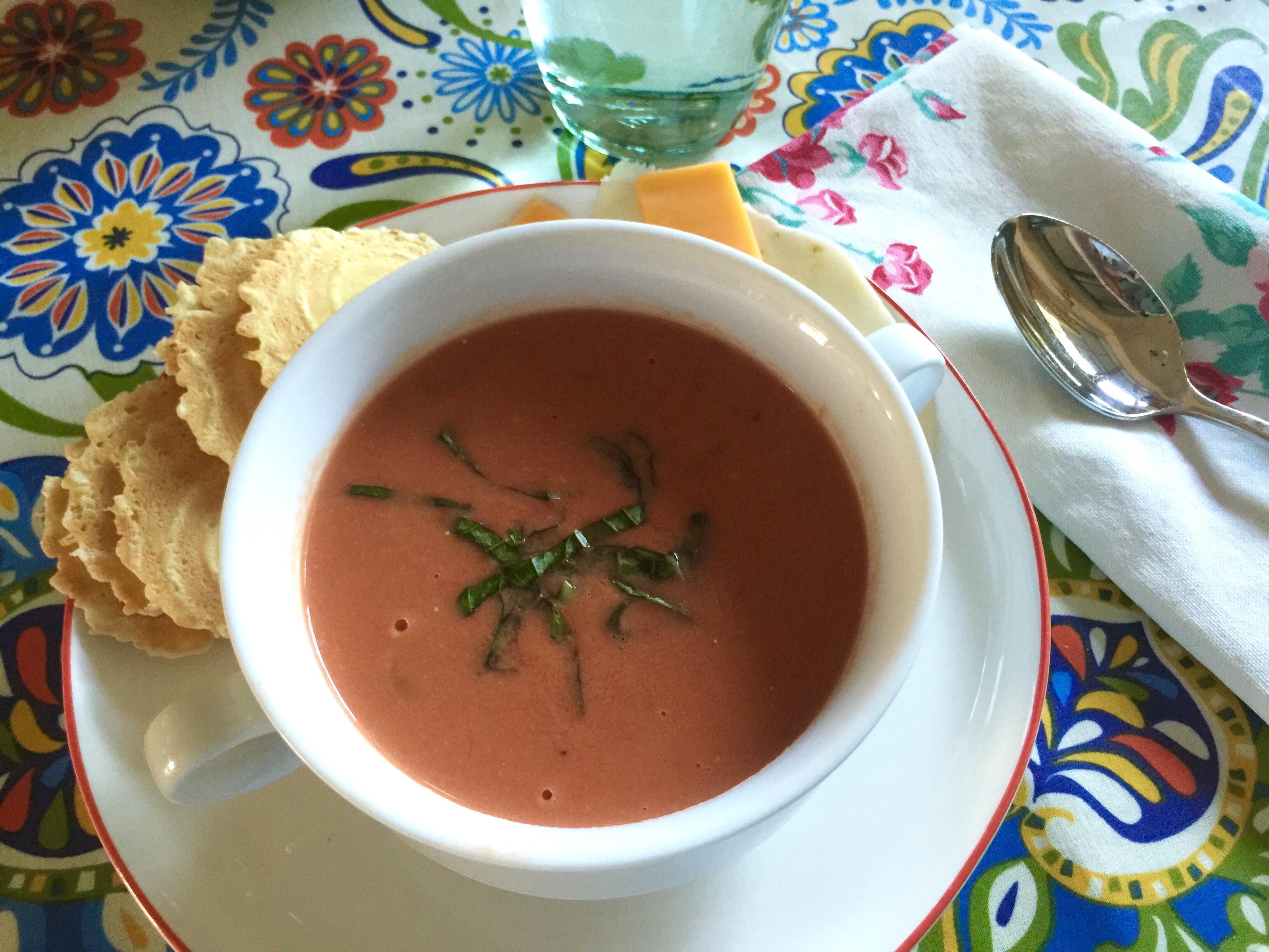 Homemade ((Quick)) Creamy Tomato Basil Soup