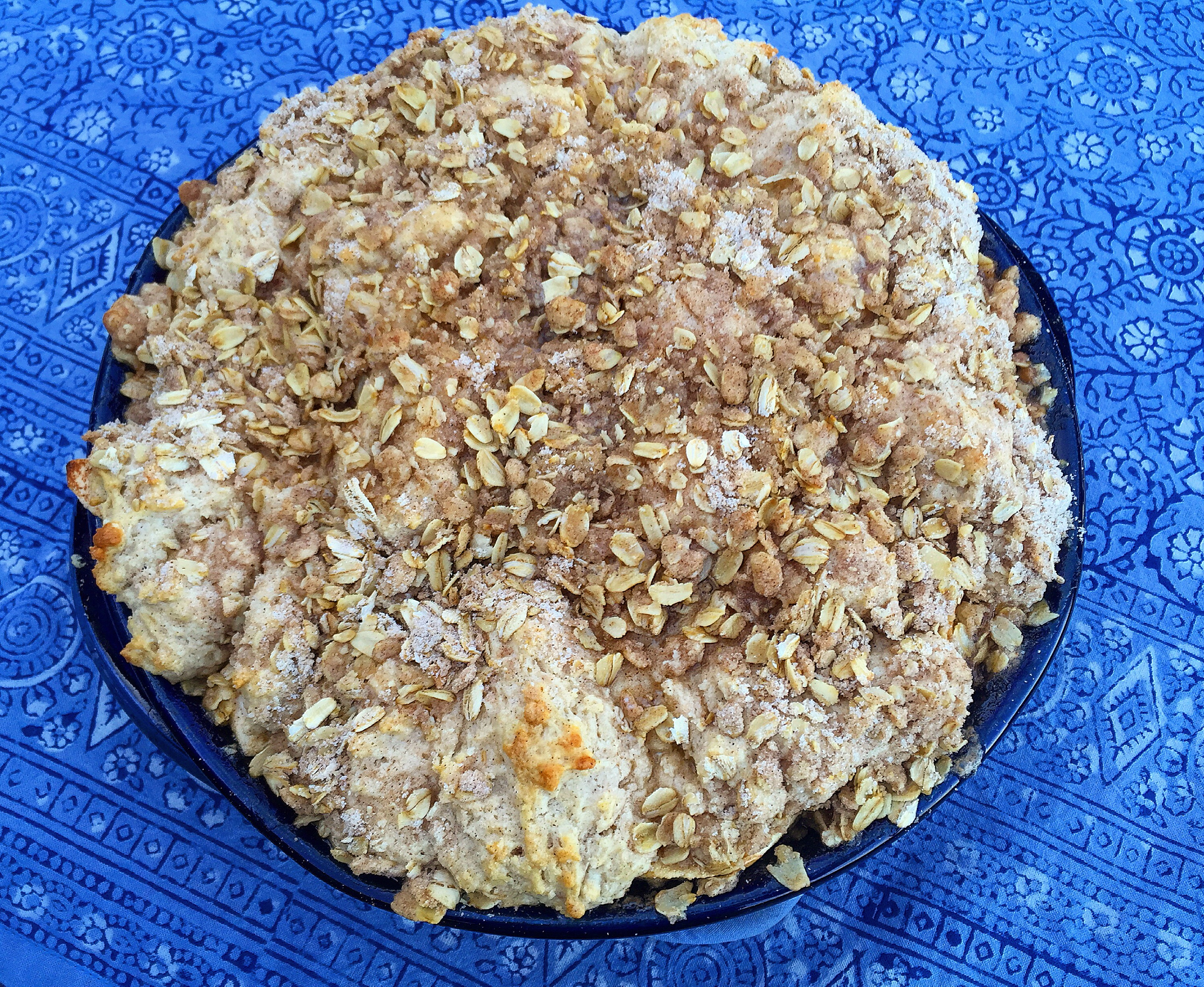 Fresh Washington Apple Crisp w/ Cinnamon Streusel Biscuit Crust