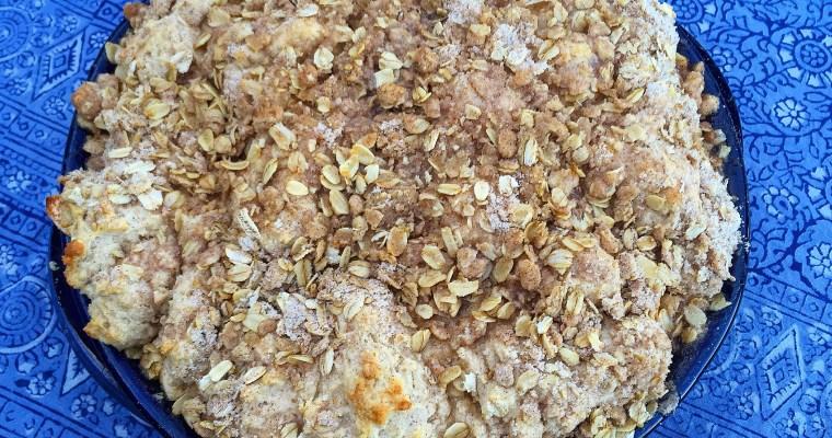 Fresh Washington Apple Crisp w/ Cinnamon Streusel Biscuit Crust