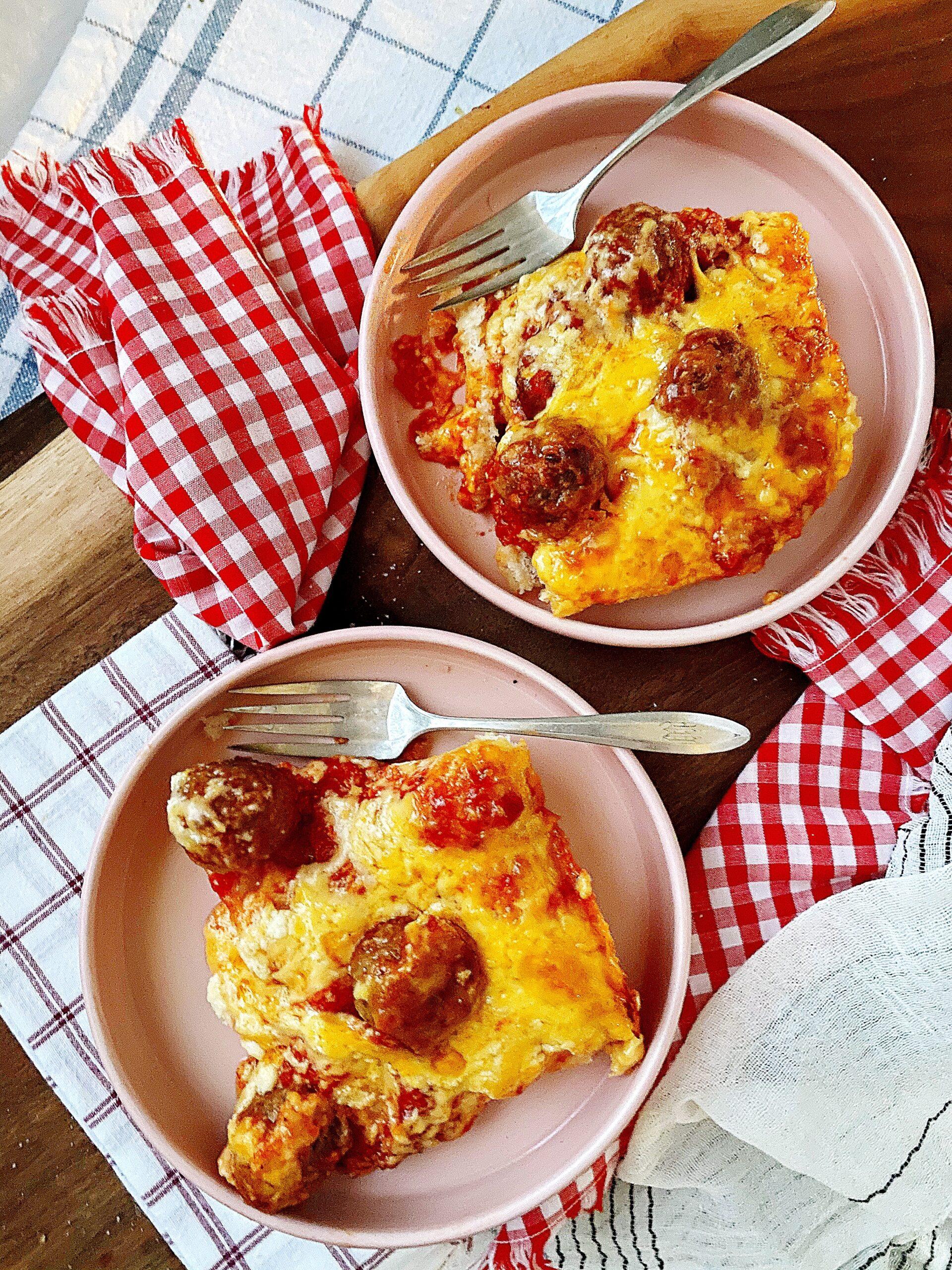 Cheesy Meatball Deep Dish Pizza