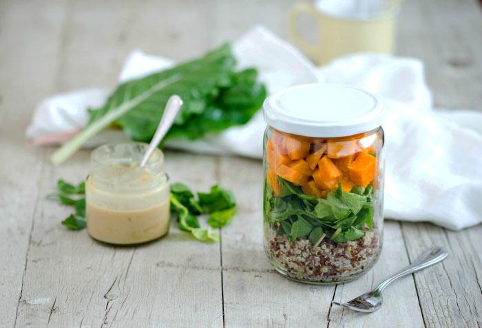 Quinoa-Mangold-Suesskartoffel-Salat-vegan