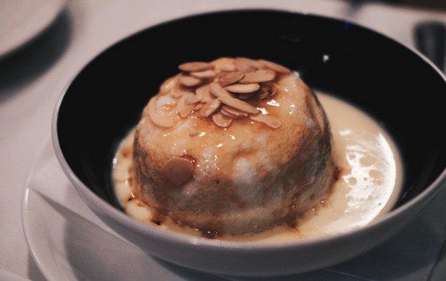 Floating island | Chez Gaston | Food For Thought