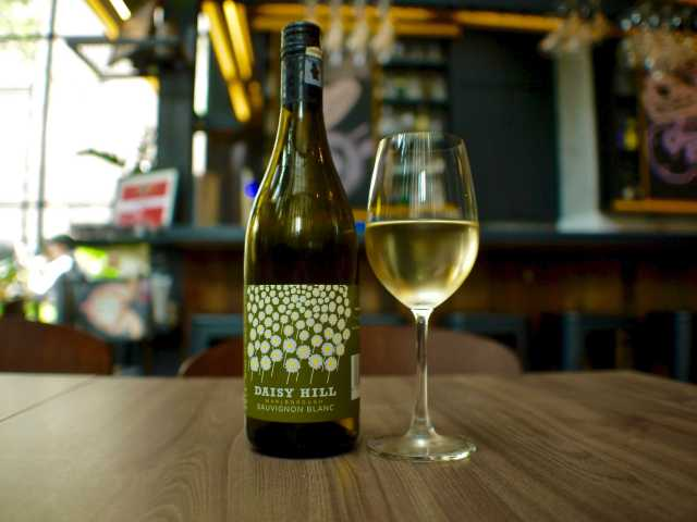 Sauvignon Blanc, Daisy Hill, Marlborough 2013| Skillet at 163 | Food For Thought