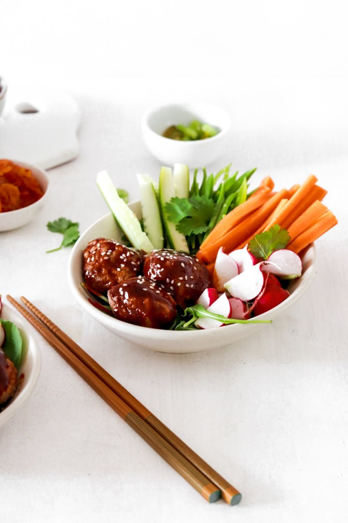 Korean Sticky Meatballs with Fresh Vegetables (Gluten, Grain, Dairy Free & Low Carb) From Front