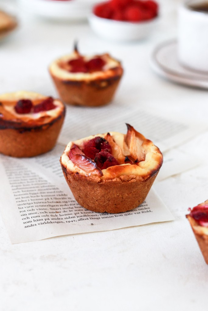 Peach & Raspberry Mini Pies with Yogurt Filling (Gluten, Grain, Oil, Sugar Free & Low Carb) From Front