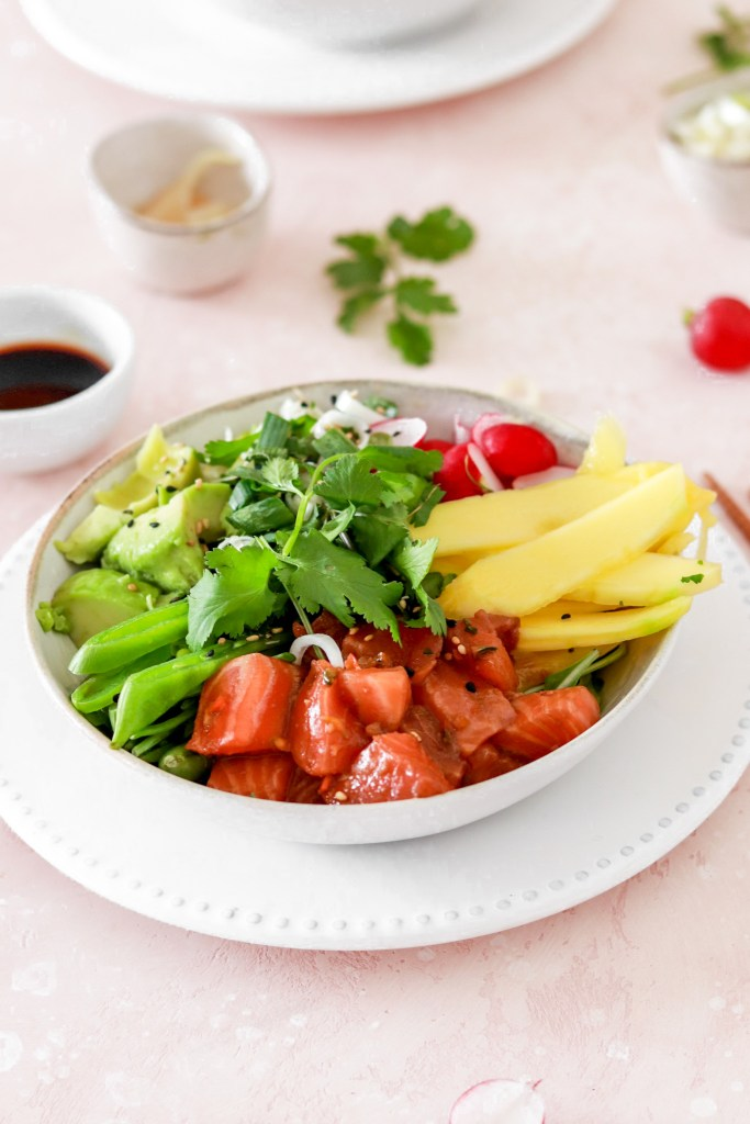 Spicy Salmon Poké Bowl (Gluten, Grain, Dairy Free & Low Carb) From Front In A Bowl