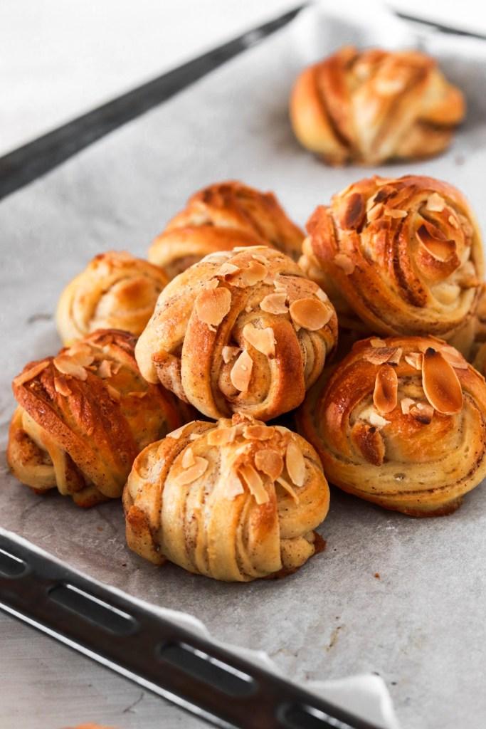 Healthier Swedish Cinnamon Buns/Kanelbullar (Gluten & Sugar Free) From Front
