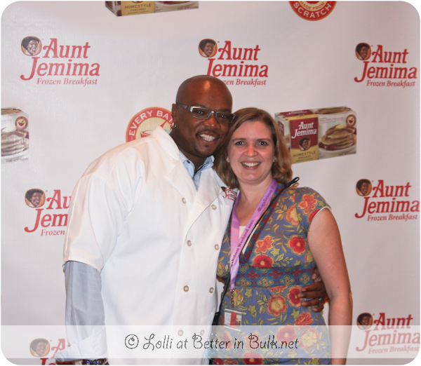 Chef Aaron McCargo Jr and Lolli at Blogalicious 2011