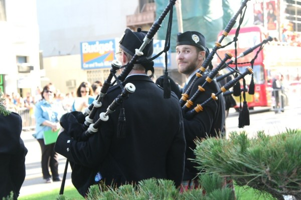 Bagpipes at the Brave world premiere