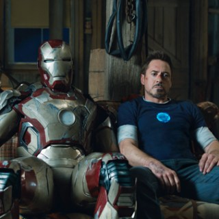 Iron Man 3 Tony and the suit
