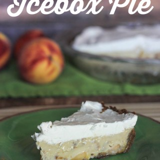 Peaches and Cream Icebox Pie with Gingersnap Crust #Pyrex100