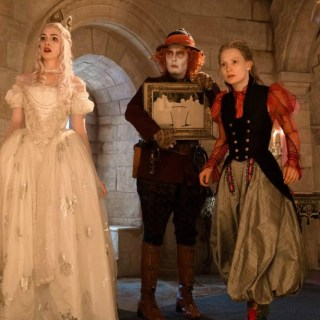 10 Things to Love About Alice Through the Looking Glass