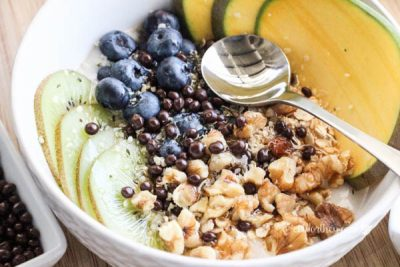 Kiwi-Blueberry-Mango-Non-Dairy-Yogurt-Bowl-20